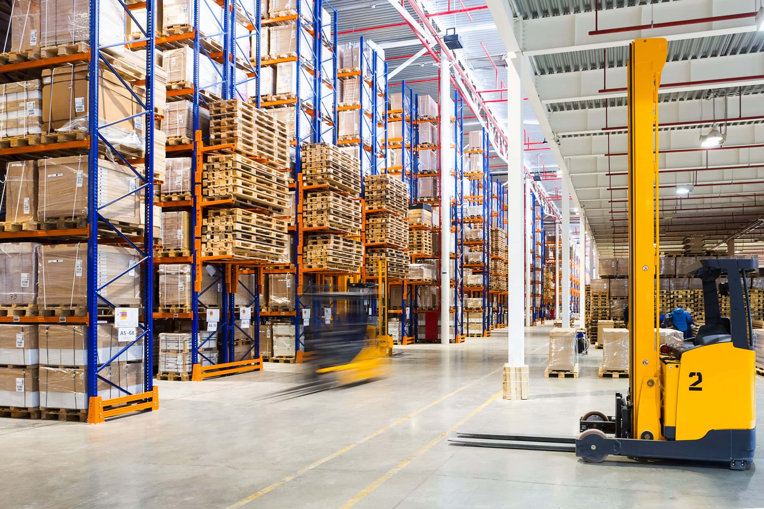 A Complete Guide to Selecting Autonomous Warehousing Solutions