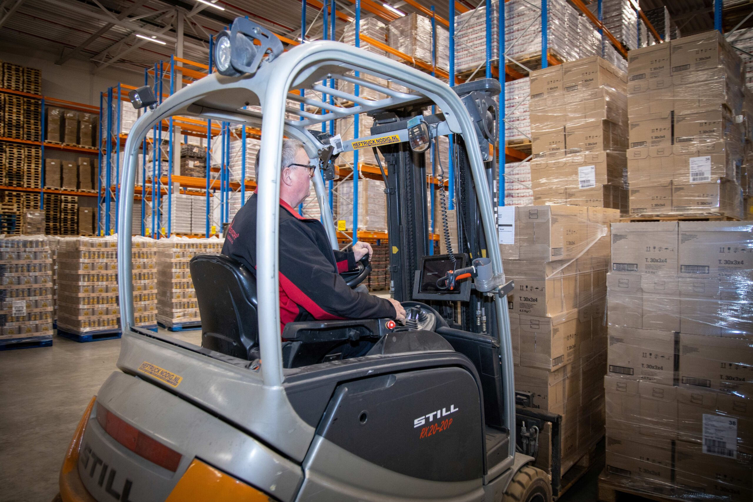 How do you select the right partner for multi-channel order fulfilment?